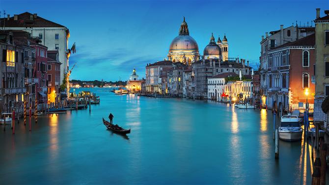 Ekim'de Venedik