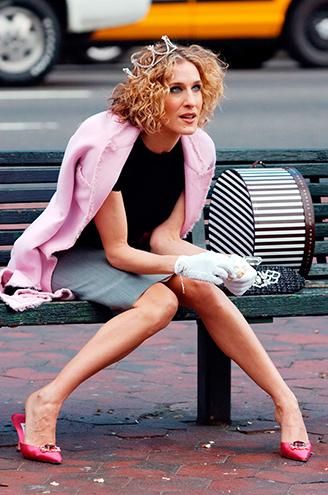 Carrie Bradshaw Stili İçin Dolabınıza Bu 6 Parçayı Ekleyin