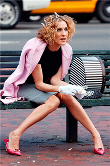 Carrie Bradshaw Stili İçin Dolabınıza Bu 6 Parçayı Ekleyin