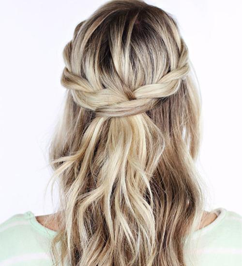1 Dakika İçinde Yapabileceğiniz Saç Modelleri