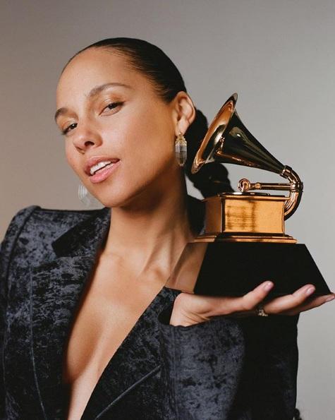 2019 Grammy Ödülleri Sunucusu Alicia Keys Oldu
