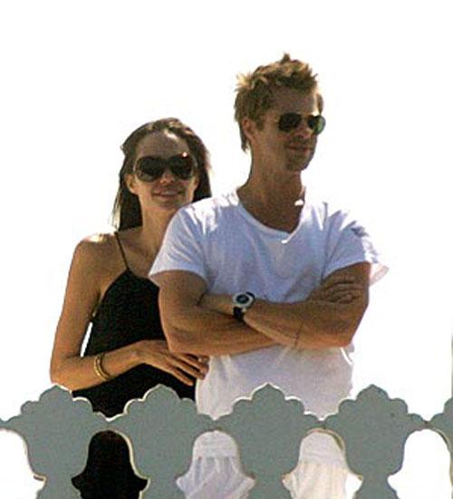 Angelina Jolie ve Brad Pitt Bodrum`daydı!