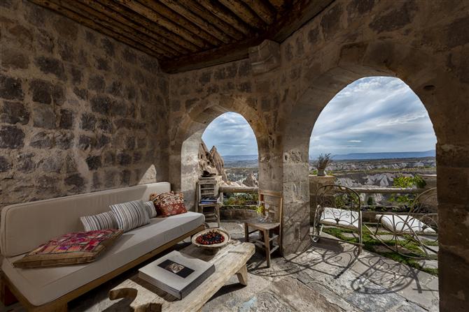 Argos in Cappadocia ve D Maris Bay, Yine Condé Nast Traveller Listesinde!
