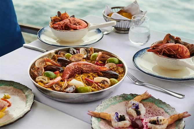 Boğaz'da Eşsiz Bir Deniz Ürünleri Restoranı Ringa Sea Food