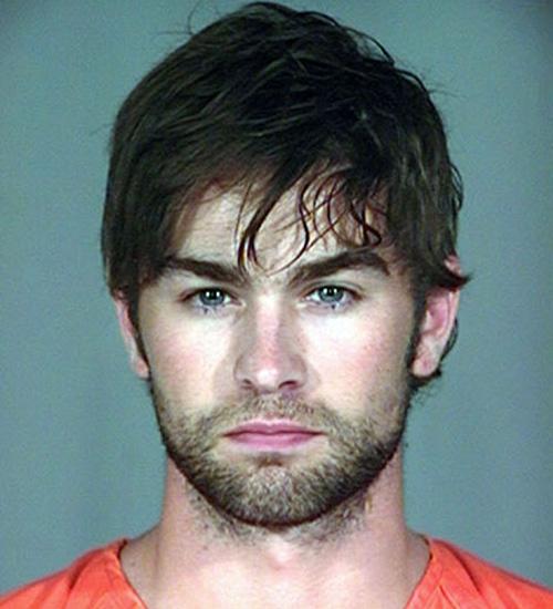 Chace Crawford uyuşturucu ile yakalandı