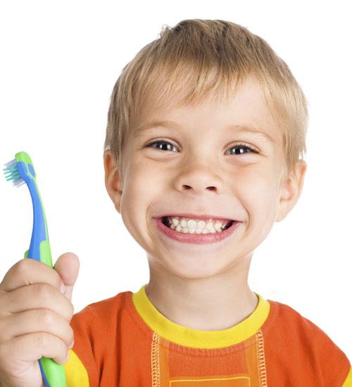 Çocuklarda diş fırçalama sorumluluğu ebeveynlere ait
