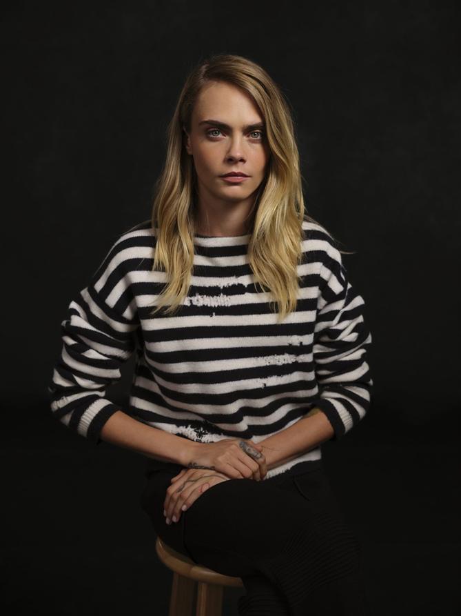 """Dior """"Chin Up"""" Kampanyası İle Olağanüstü Kadınları İşaret Ediyor"""