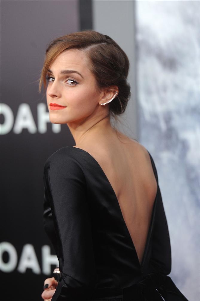 Emma Watson JK Rowling'in Anti-Trans Tweet'lerine Cevap Verdi