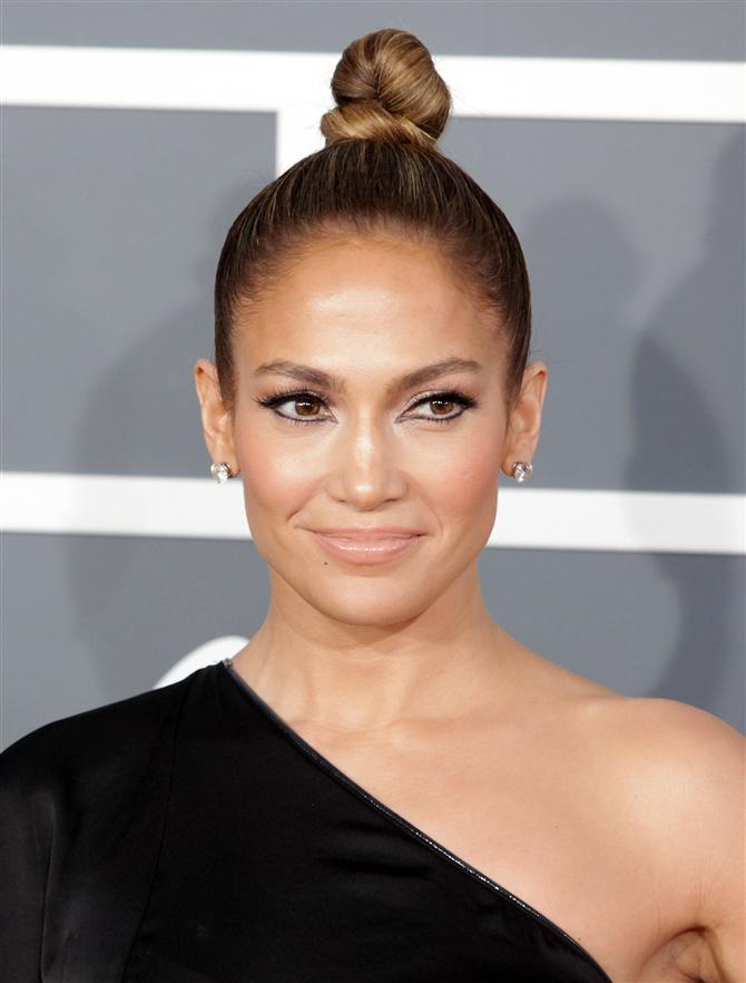 Jennifer Lopez Makyajsız Fotoğrafıyla Instagram'ı Salladı
