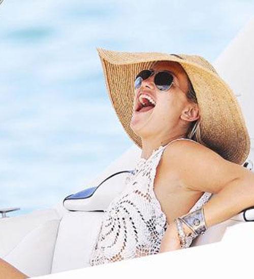 Kate Hudson tatilde