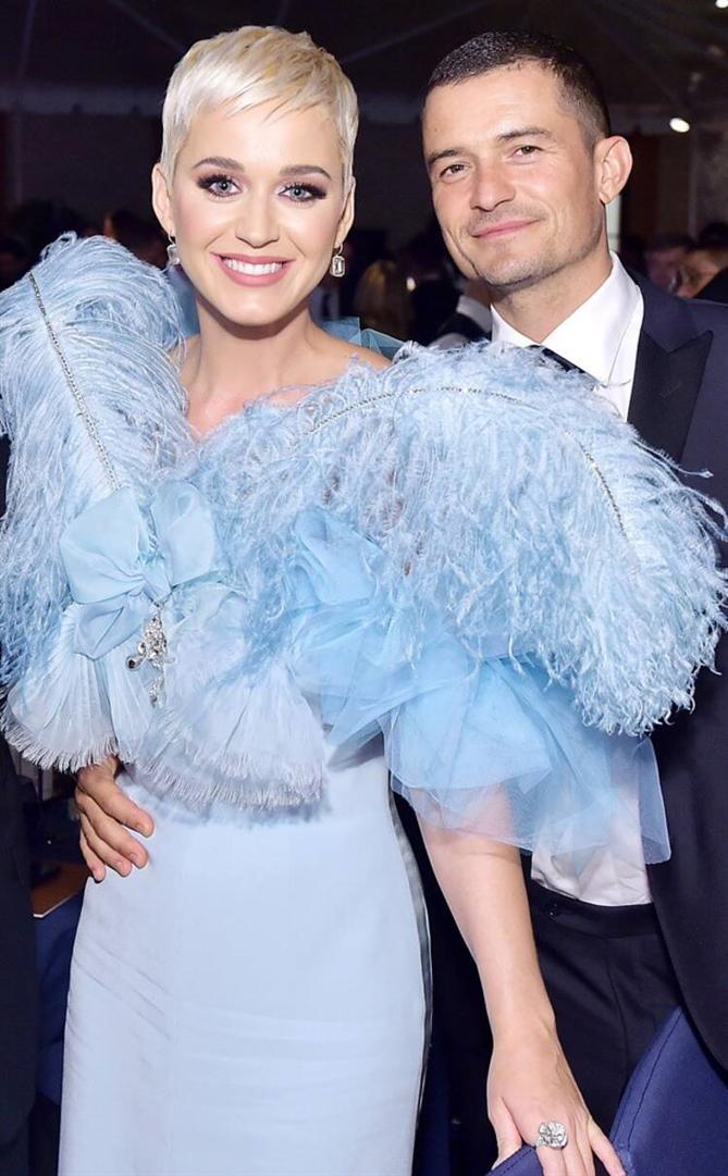 Katy Perry İlk Çocuğuna Hamile Olduğunu Açıkladı!