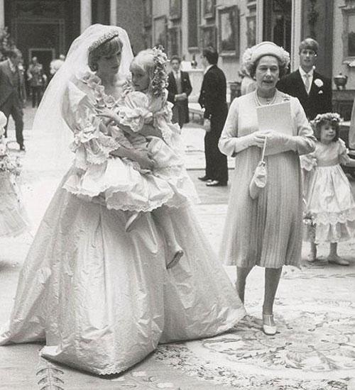 Lady Diana ve Prens Charles`ın Düğününden Görülmemiş Fotoğraflar