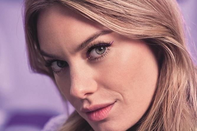 L'Oréal Paris Maskaralarıyla Daha Güçlü ve Etkileyici Bakışlar