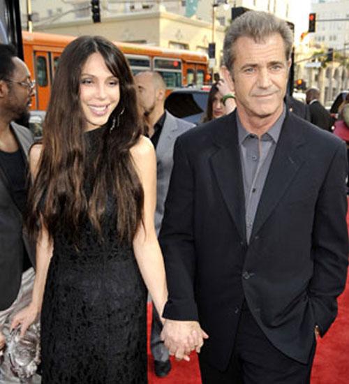 Mel Gibson sevgilisinin dişlerini kırdı