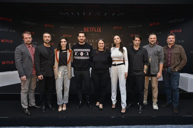 """Netflix'in Türk Dizisi """"Hakan: Muhafız"""" Basına Tanıtıldı!"""