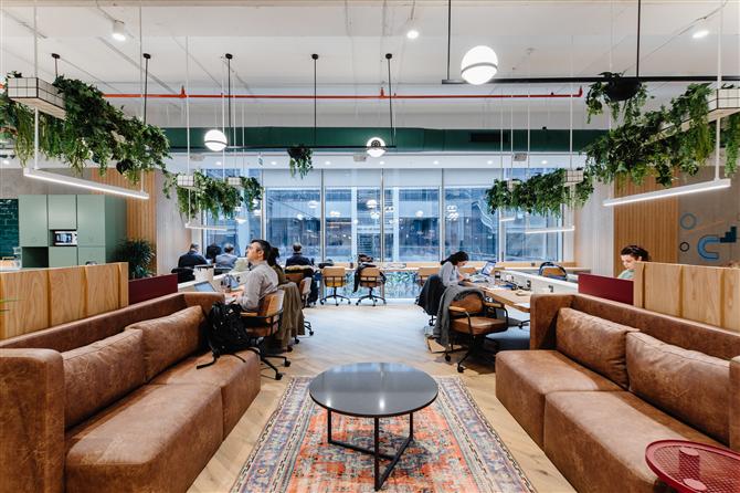 Pandemiyle Birlikte Yeni Normalde Ofis Trendleri Nasıl Şekillenecek?