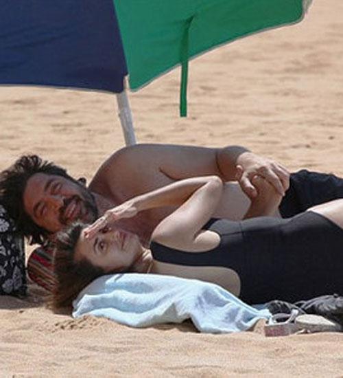 Penelope Cruz ve Javier Bardem Hawaii`de
