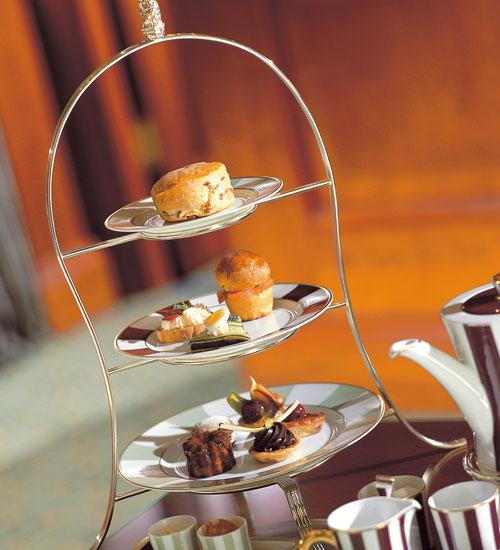Ritz Carlton`da unutulmaz çay saatleri
