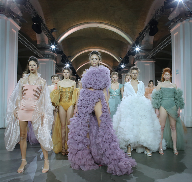 Sait Emir'den Moda Dünyasında Fark Yaratan İşler
