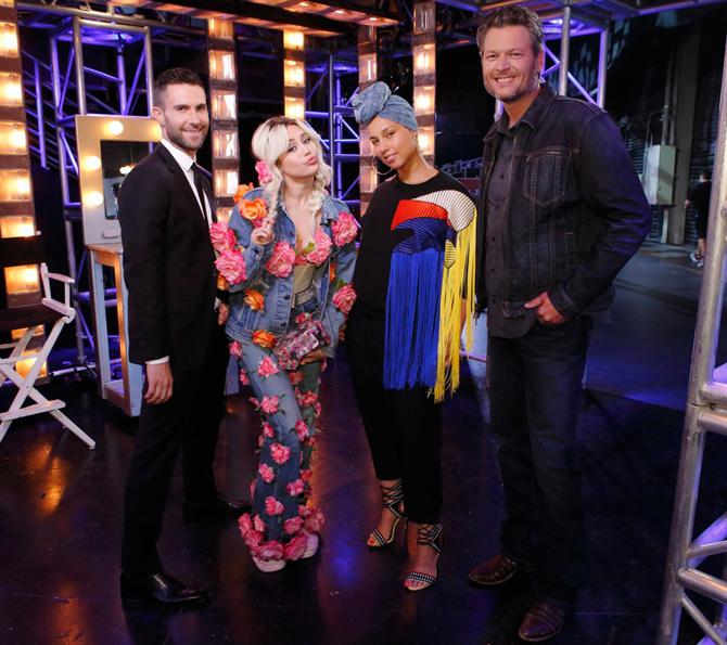 The Voice'un Jürilerinden 'Dream On' Performansı