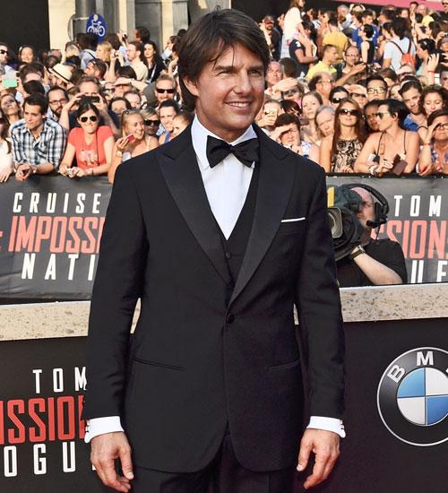 Tom Cruise`un Giorgio Armani Smokini