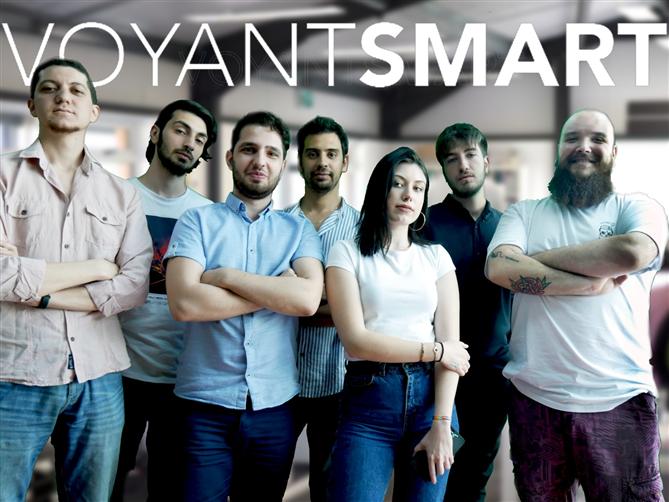 Voyant Smart ile Hayata Göz Kırpın