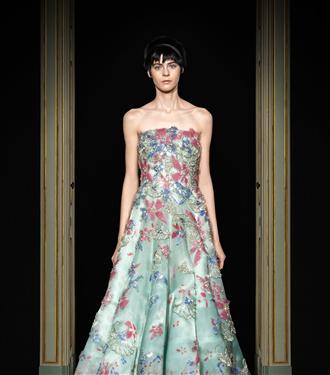 armani-prive-ilkbahar-yaz-2021-haute-couture-koleksiyonu-66901-27012021111159.jpg