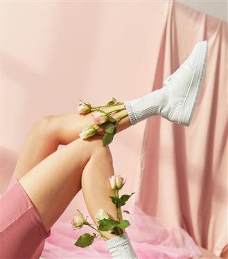 Ayakkabı Tutkunlarına Sevgililer Günü Teklifi!