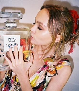Baharda Kokunuzla Baş Döndürmenizi Sağlayacak 9 Parfüm