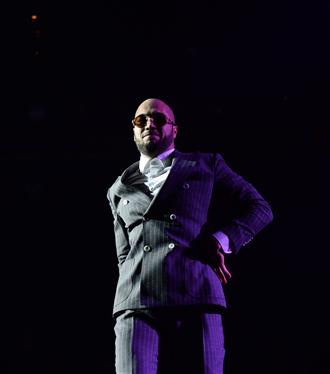 Birlikte Güzel Sunar: Ben Fero, Yılın Son Konseri İçin Volkswagen Arena'daydı