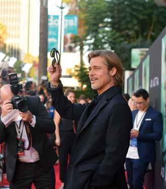 Brad Pitt Aşk Hayatı Hakkındaki Dedikodulara Açıklık Getirdi
