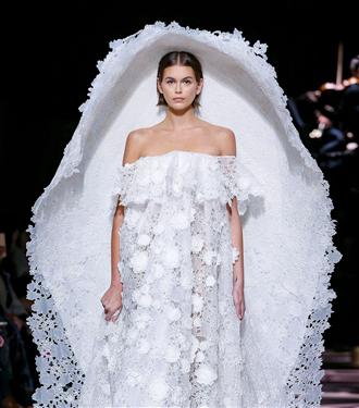 buyuleyici-givenchy-haute-couture-ilkbahar-yaz-2020-tasarimlari-14002-22012020091912.jpg