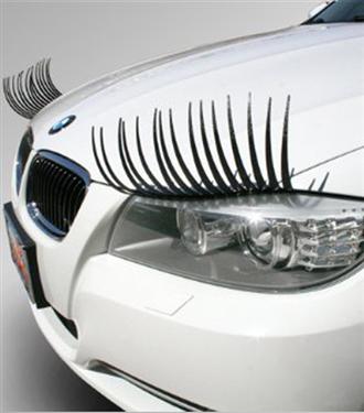 Carlashes: Arabanızı takma kirpikle güzelleştirin