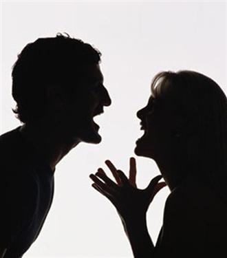 Çiftler yılda 312 kez kavga ediyor