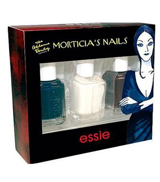 Essie Addams Family koleksiyonu Türkiye`de