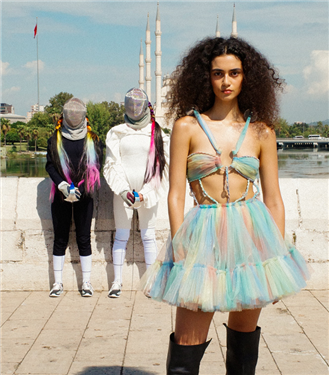 Fashion Week Istanbul: SUDI ETUZ İlkbahar/ Yaz 2022