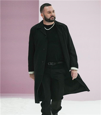Fendi'de Karl Lagerfeld'in Yerini Alan İsim: Kim Jones