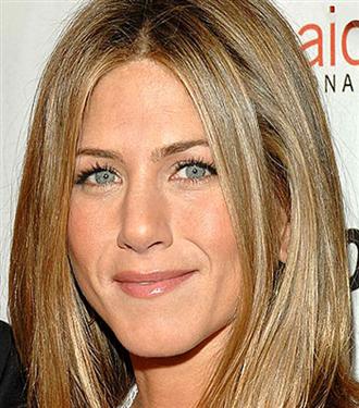 Jennifer Aniston: Babaya gerek yok!