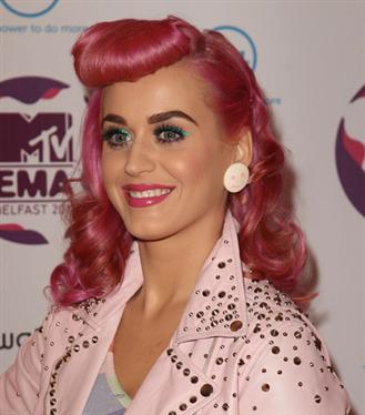Katy Perry'nin Güzellik Evrimi