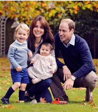 Kraliyet Ailesi`nin Resmi Portresi