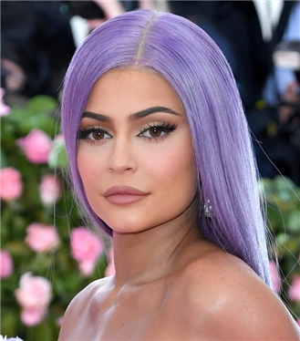 Kylie Jenner'ın İnterneti Karıştıran Cevizli Peeling Ürünü!