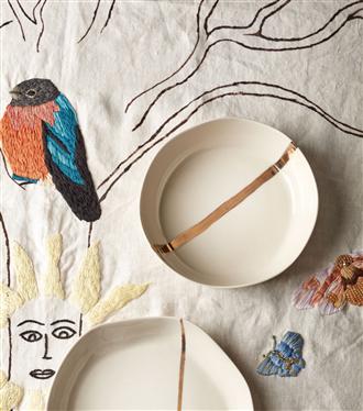 Maji Atelier, Sanat ve Tasarımı İncecik Porselenlerle Buluşturuyor