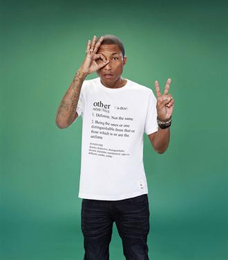 Pharrell Williams`ın Uniqlo tişörtleri satışta