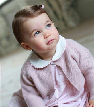 Prenses Charlotte`un Yeni Fotoğrafları