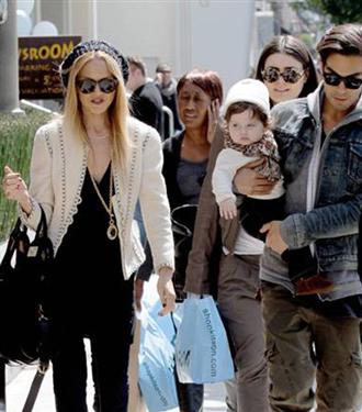 Rachel Zoe ve oğlu Skyler alışverişte