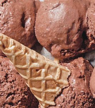 Sıradışı Bir Dondurma Tarifi: Black Sugar Sex Magic