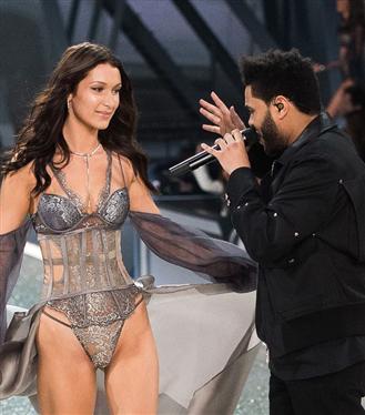 """The Weeknd'in Yeni Şarkısı """"Blinding Lights"""" Bella Hadid Hakkında Olabilir Mi?"""