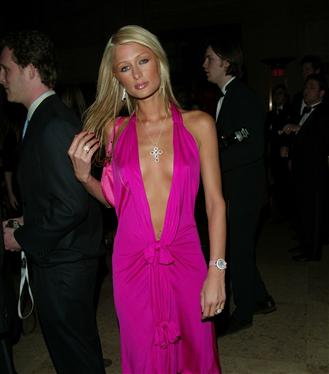 #TrendusTBT: Paris Hilton'un 2000'leri Kasıp Kavuran Stili