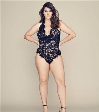 Victoria's Secret'ın İlk Büyük Beden Modeliyle Tanışın: Ali Tate