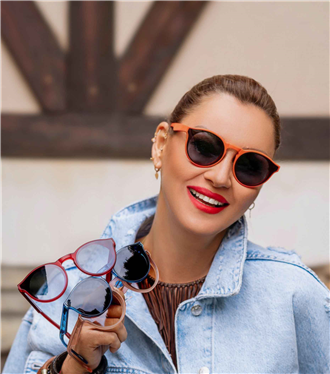 """Yeni Trend Alarmı:  """"Pınar Altuğ X Papary"""" Güneş Gözlükleri"""